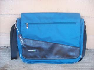 Namaste Messenger Bag