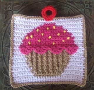 Cupcake Potholder 1