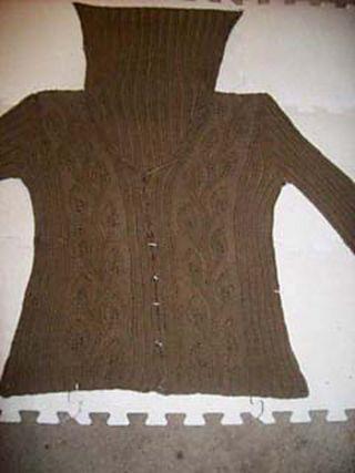 Vera_Sweater_Blocking2_medium
