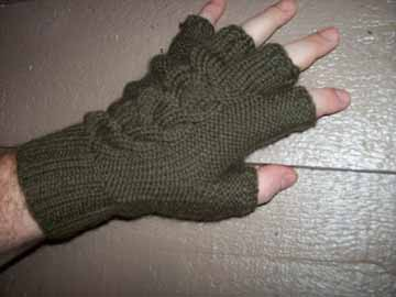 Olive_beer_gloves_1