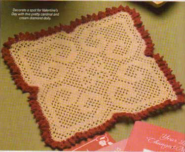 Scrolled_hearts_doily